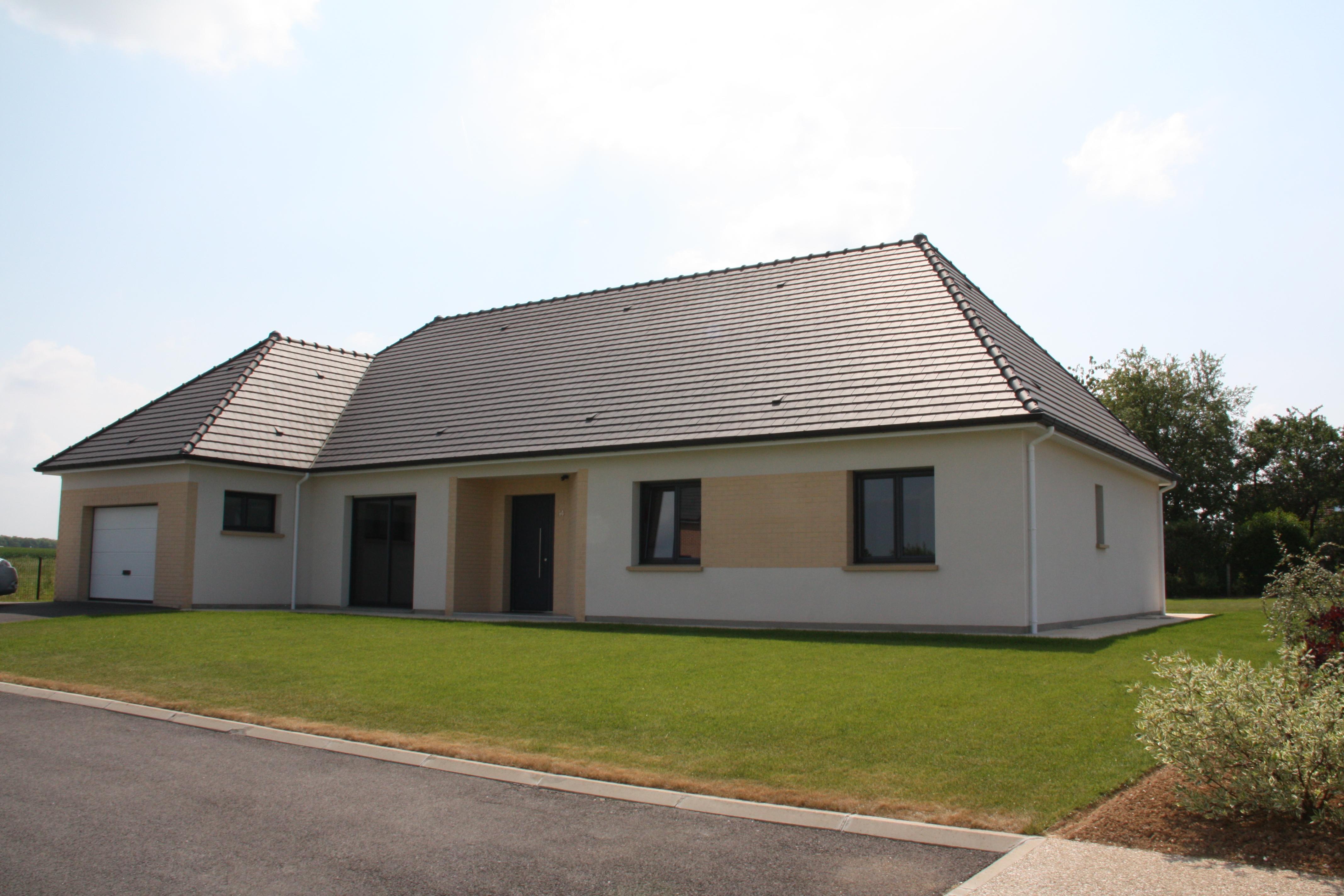 Photo d'un pavillon contemporain construit par Frambourt Maçonnerie dans la Somme.
